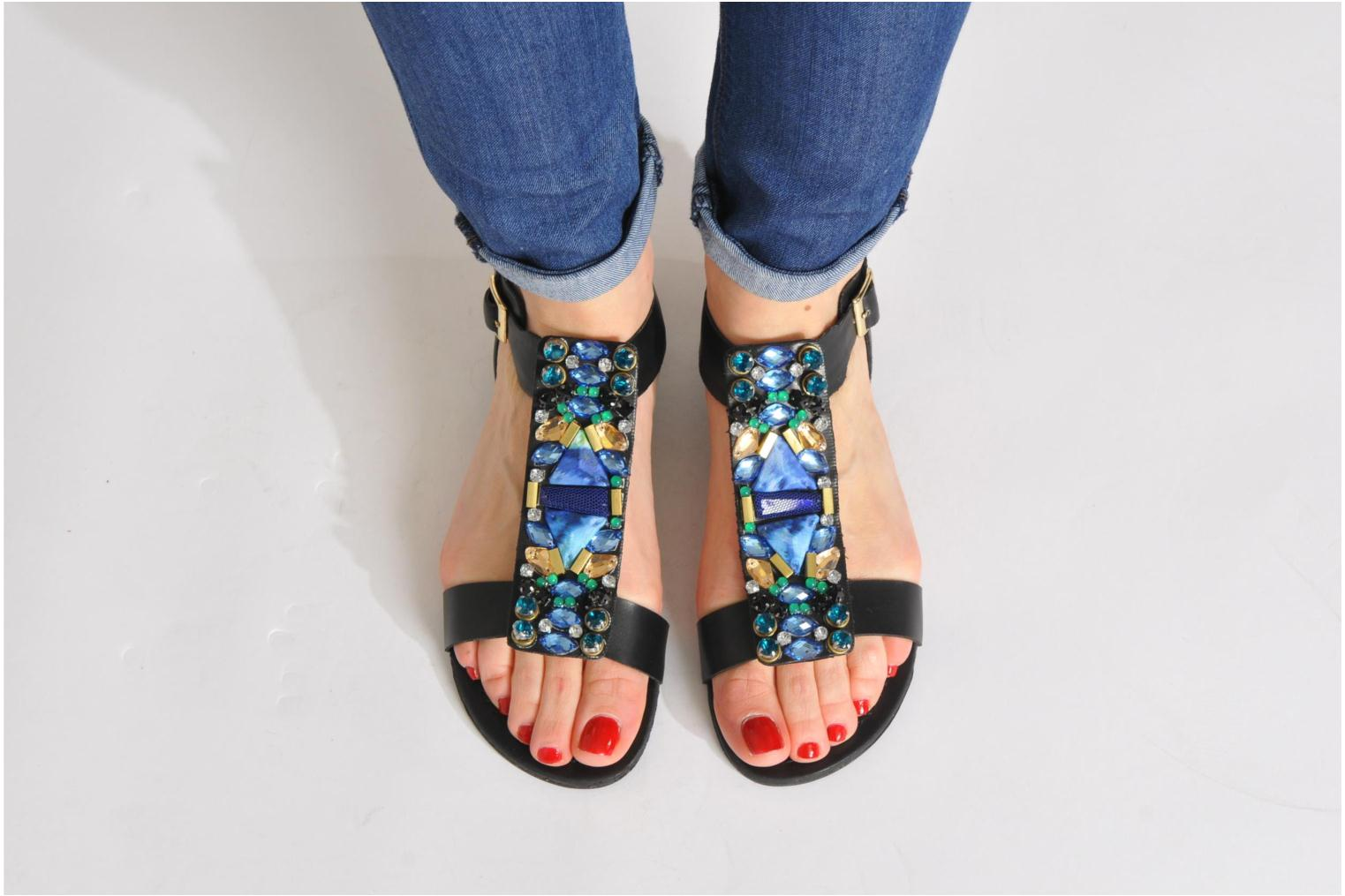 Sandals Steve Madden WIKTOR Multicolor view from underneath / model view