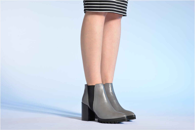 Bottines et boots Made by SARENZA Queen of pétanque #1 Gris vue bas / vue portée sac