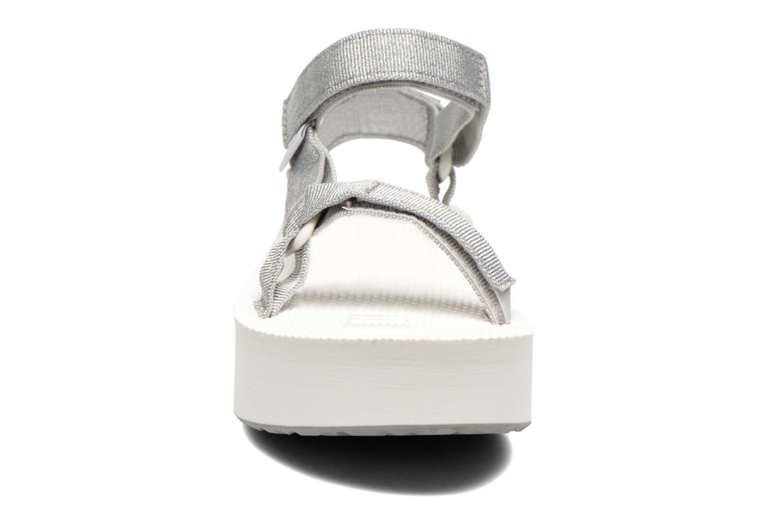 Sandali e scarpe aperte Teva Flatform Universal Argento modello indossato