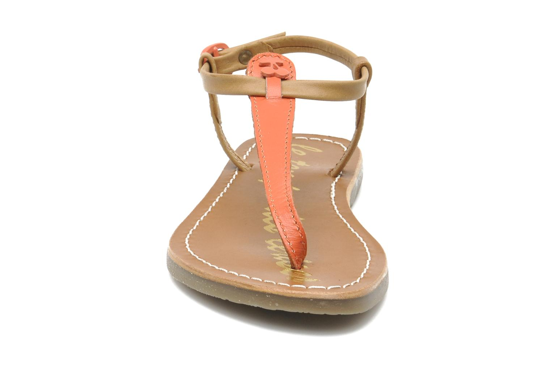 Sandales et nu-pieds Le temps des cerises LC CHLOE Beige vue portées chaussures