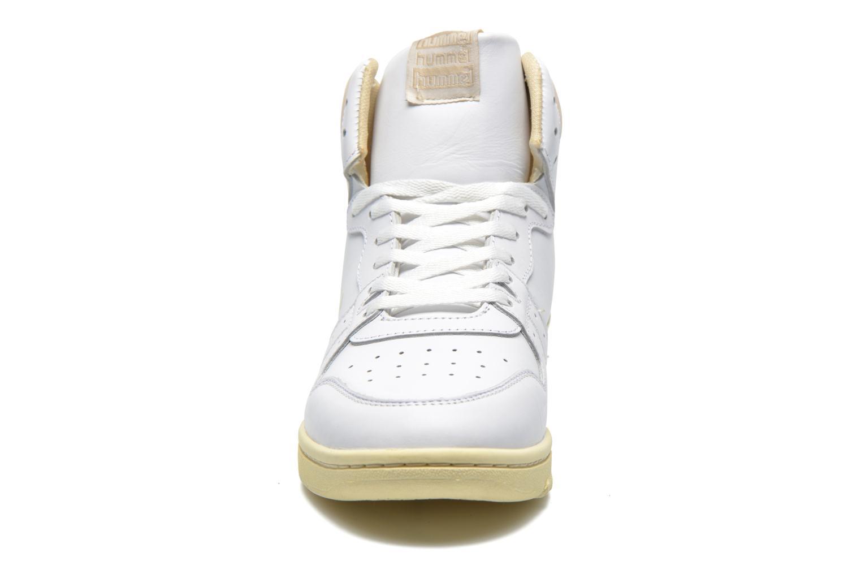 Baskets Hummel Globetrotter Vintage Hi Blanc vue portées chaussures