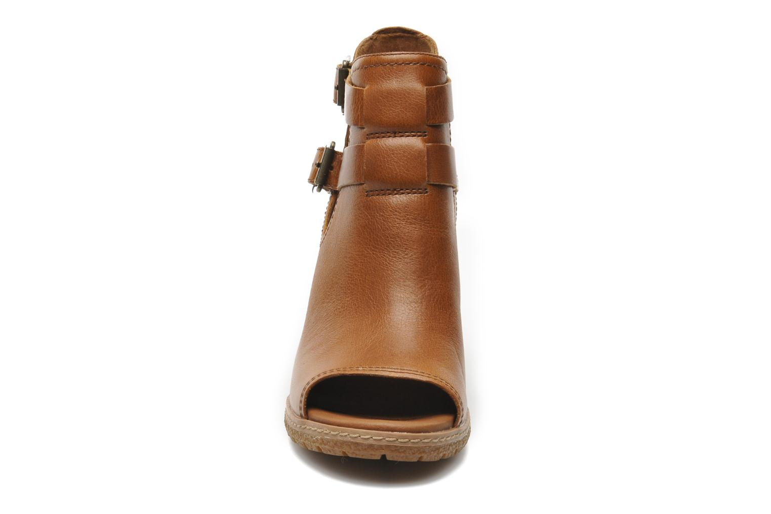 Bottines et boots Timberland Earthkeepers Glancy Peep Toe Marron vue portées chaussures