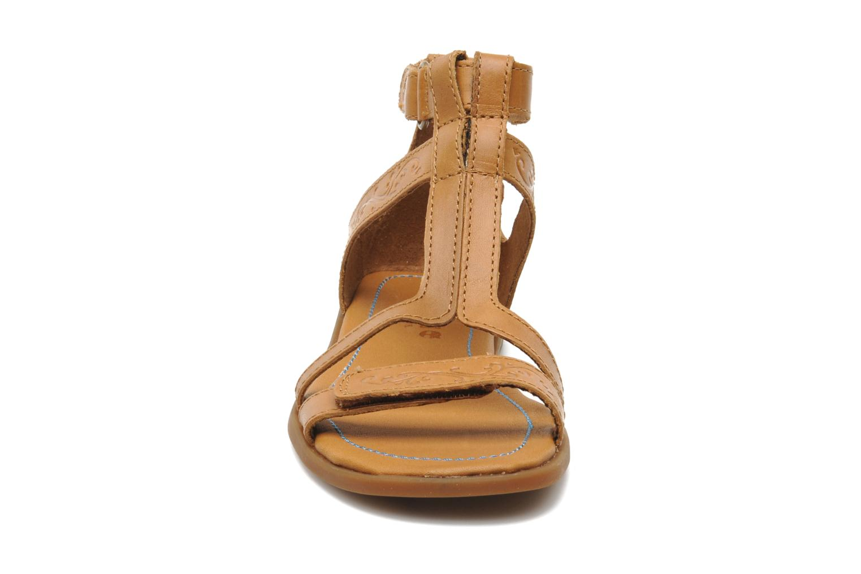 Sandalen Timberland WLLWBRK EKGLDIATR TA braun schuhe getragen