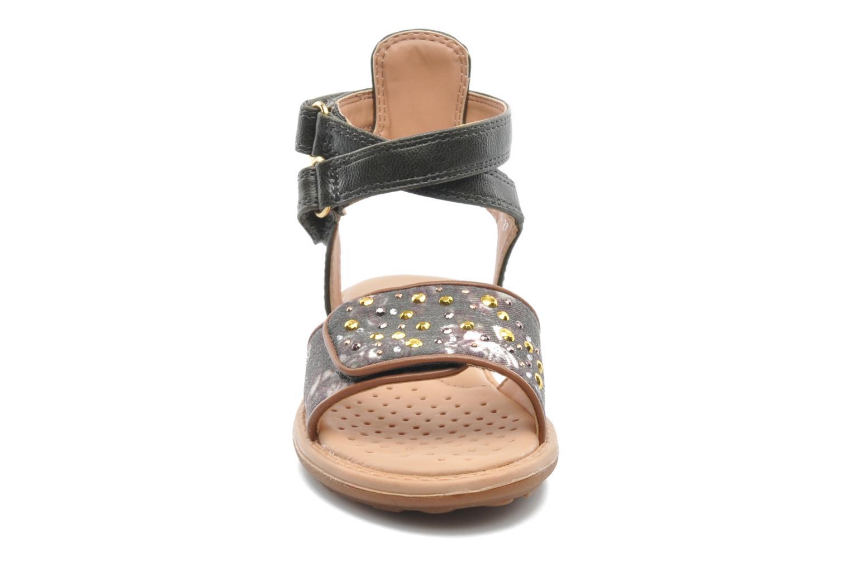 Sandales et nu-pieds Geox J S.MILK C II Vert vue portées chaussures