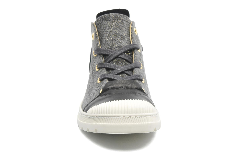 Baskets Pataugas Aix F Noir vue portées chaussures