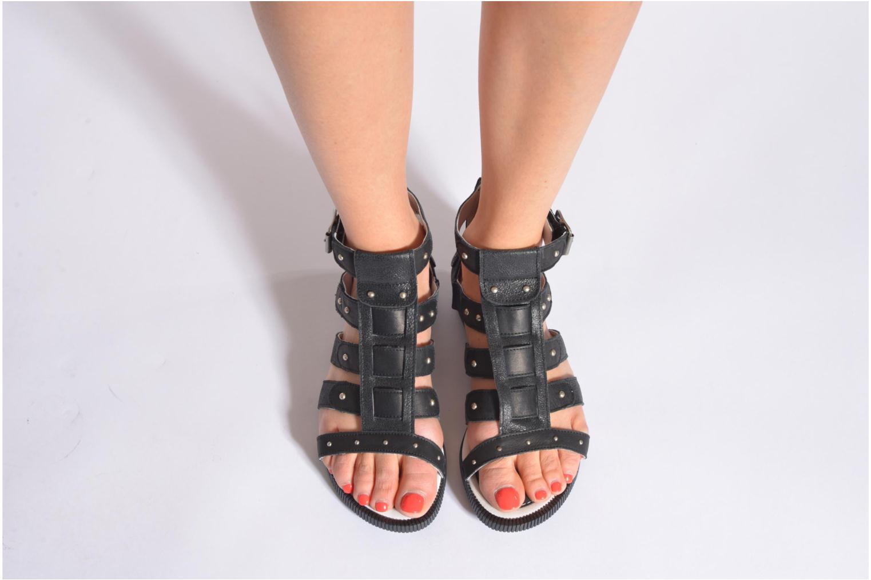 Sandales et nu-pieds Pataugas Corol Noir vue bas / vue portée sac