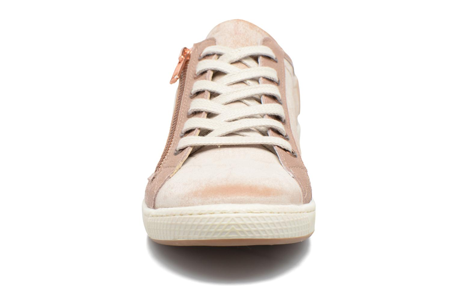 Trainers Pataugas Jester Beige model view