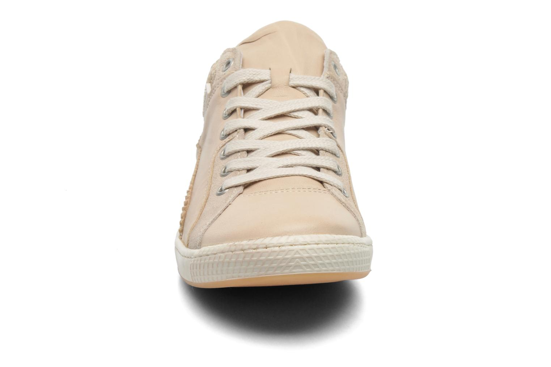 Baskets Pataugas Joka/T Beige vue portées chaussures