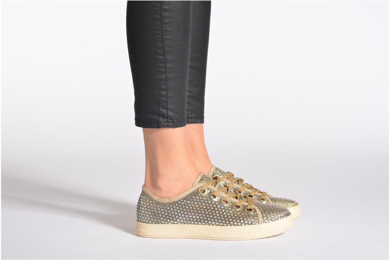 Sneaker Geox D Modesty A D4229A gold/bronze ansicht von unten / tasche getragen