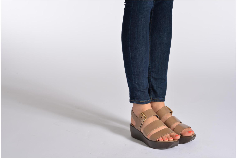 Sandales et nu-pieds Elizabeth Stuart Vidocq Marron vue bas / vue portée sac