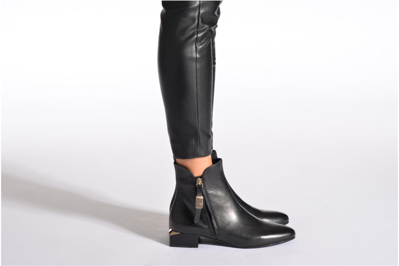 Bottines et boots See by Chloé NARA LOW Noir vue bas / vue portée sac
