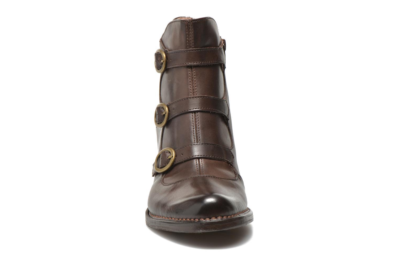 Boots en enkellaarsjes Neosens Rococo S903 Bruin model