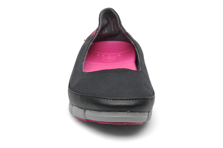 Ballerines Crocs Stretch Sole Flat W Noir vue portées chaussures