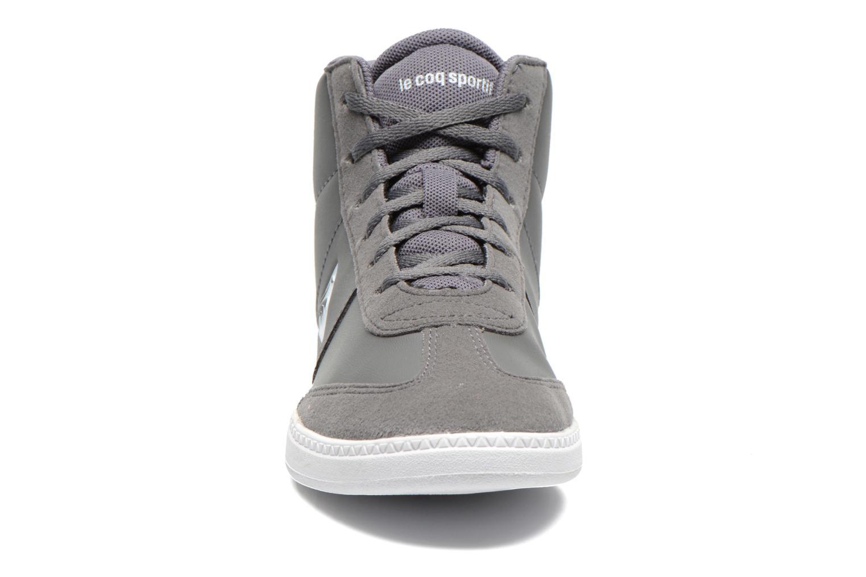 Sneaker Le Coq Sportif Tacleone Mid Gs grau schuhe getragen