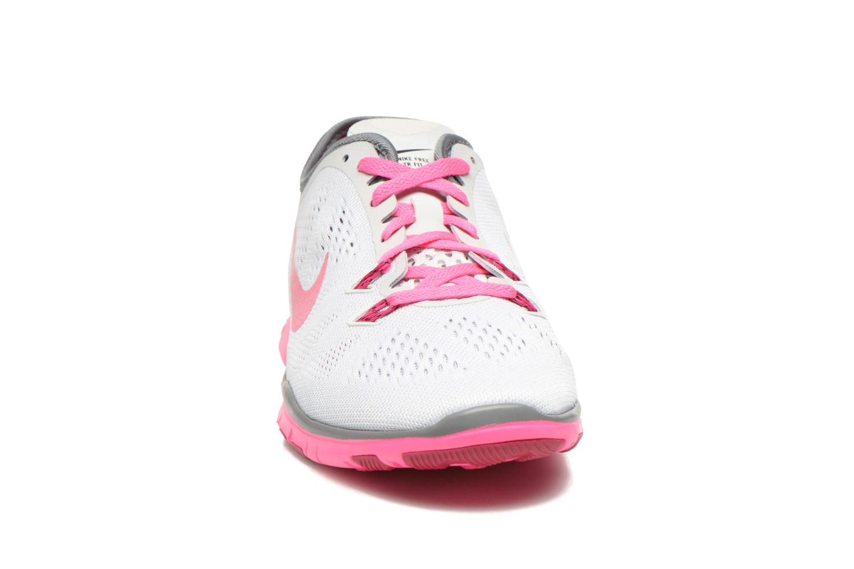 Zapatillas de deporte Nike W Nike Free 5.0 Tr Fit 5 Brthe Gris vista del modelo