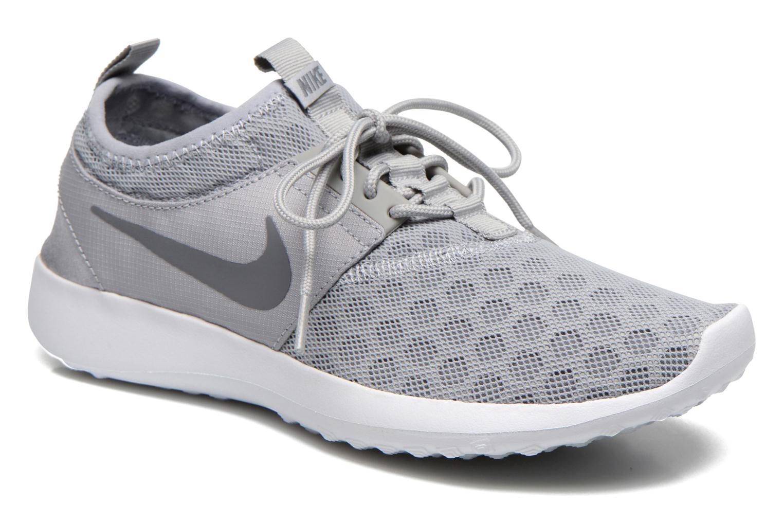 Baskets Nike Wmns Nike Juvenate Gris vue détail/paire
