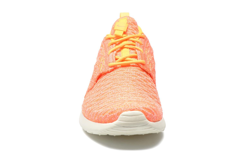 Sneaker Nike Wmns Roshe One Flyknit orange schuhe getragen