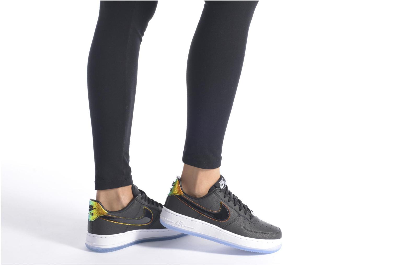 Baskets Nike Wms Air Force 1 '07 Prm Noir vue bas / vue portée sac