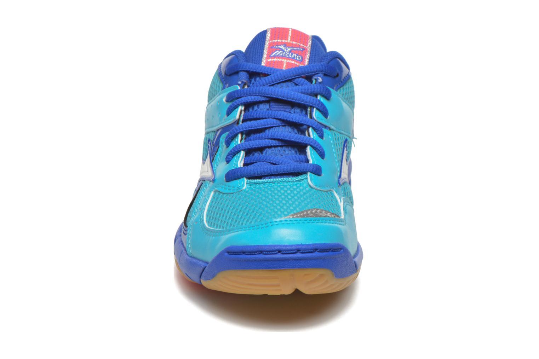 Sportschuhe Mizuno Wave Twister 4 W blau schuhe getragen