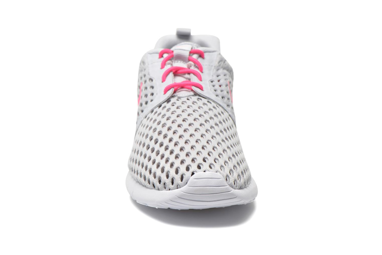 Sneaker Nike ROSHE ONE FLIGHT WEIGHT (GS) grau schuhe getragen