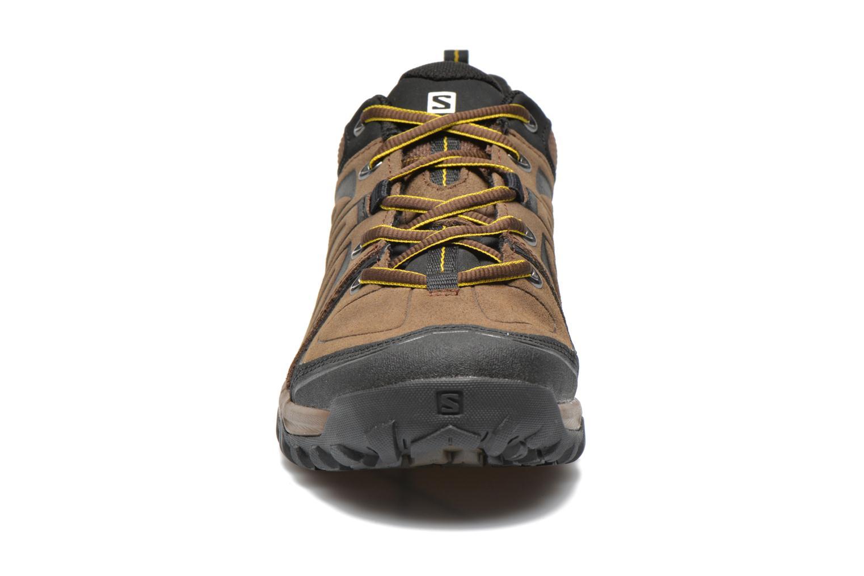 Chaussures de sport Salomon Evasion LTR Marron vue portées chaussures