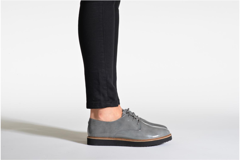 Chaussures à lacets Ippon Vintage James gloss Gris vue bas / vue portée sac