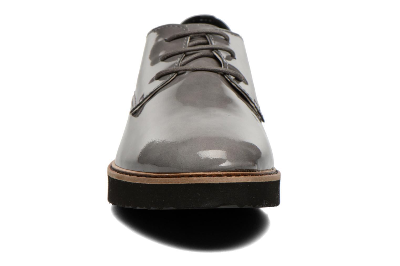 Chaussures à lacets Ippon Vintage James gloss Gris vue portées chaussures