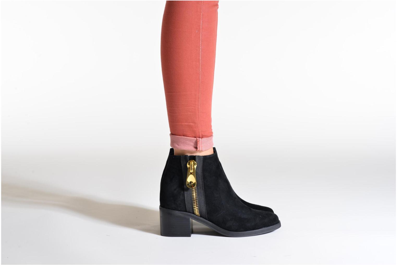 Bottines et boots SENSO Nina II Noir vue bas / vue portée sac