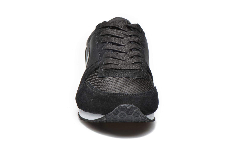 Baskets Redskins Disco Noir vue portées chaussures