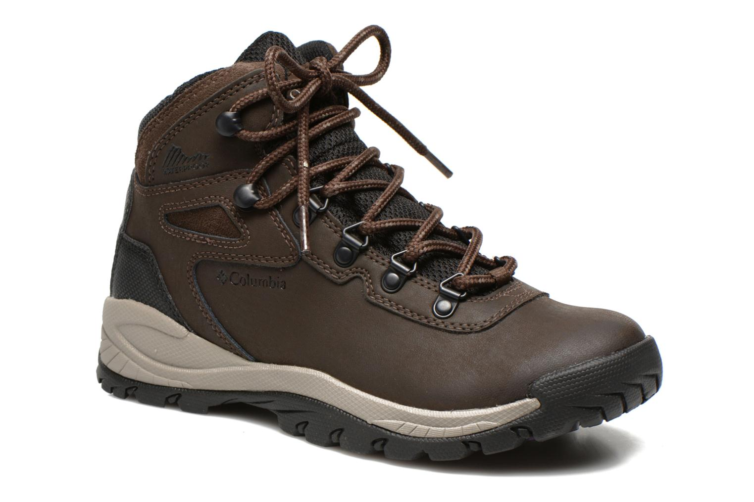 Chaussures de sport Columbia Newton Ridge Plus II Waterproof W Marron vue détail/paire