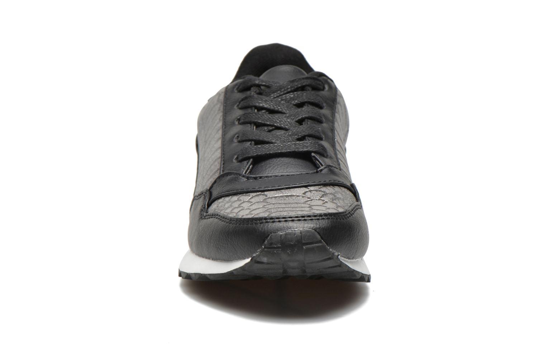 Baskets Divine Factory Boka Gris vue portées chaussures