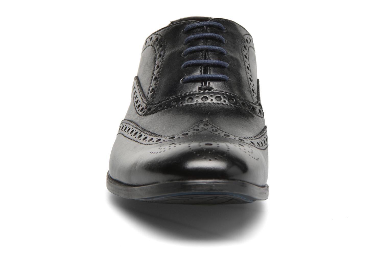 Chaussures à lacets Clarks Banfield Limit Noir vue portées chaussures