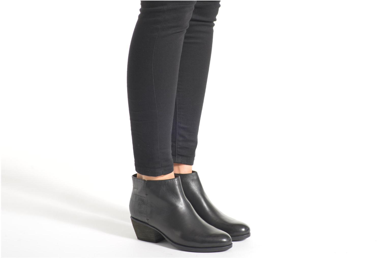 Bottines et boots Clarks Gelata Italia Marron vue bas / vue portée sac