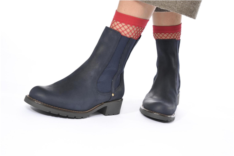 Bottines et boots Clarks Orinoco Club Marron vue bas / vue portée sac