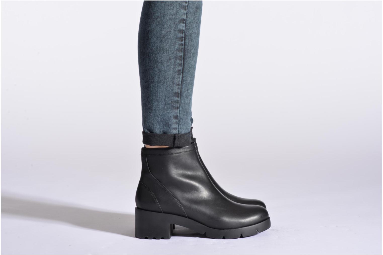 Bottines et boots Camper Wanda K400057 Noir vue bas / vue portée sac