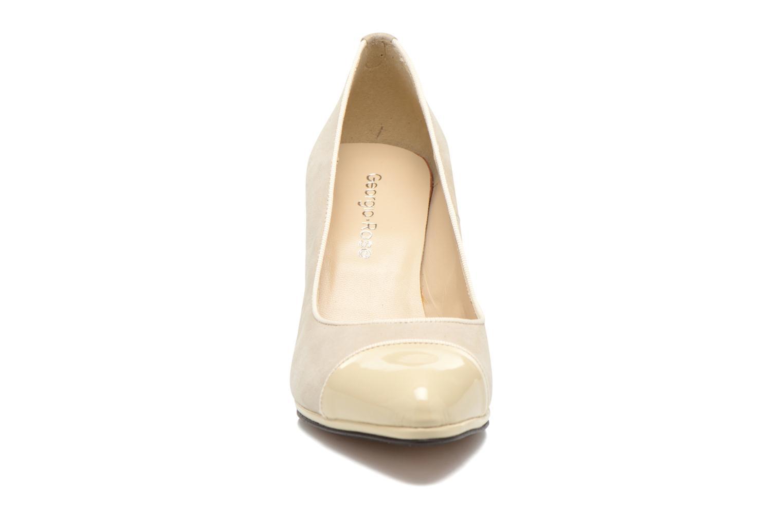 Escarpins Georgia Rose Savabou Beige vue portées chaussures