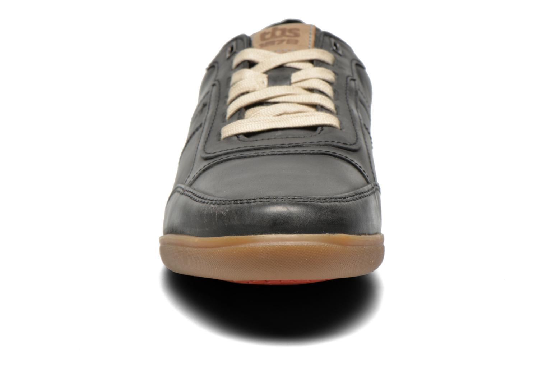 Sneaker TBS Damonn schwarz schuhe getragen
