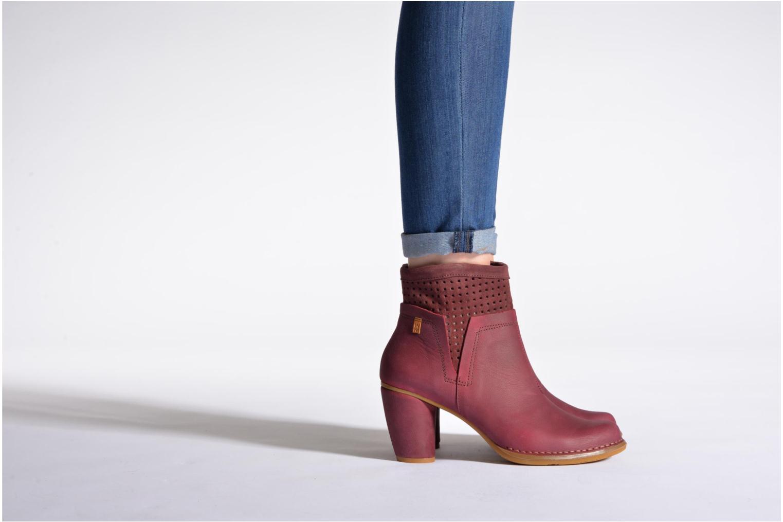 Bottines et boots El Naturalista Colibri N495 Bordeaux vue bas / vue portée sac