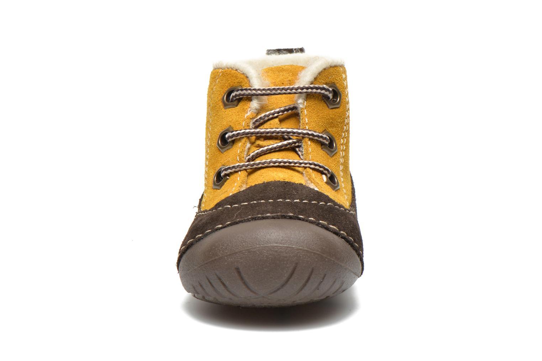 Bottines et boots Primigi Raffyx-E Jaune vue portées chaussures