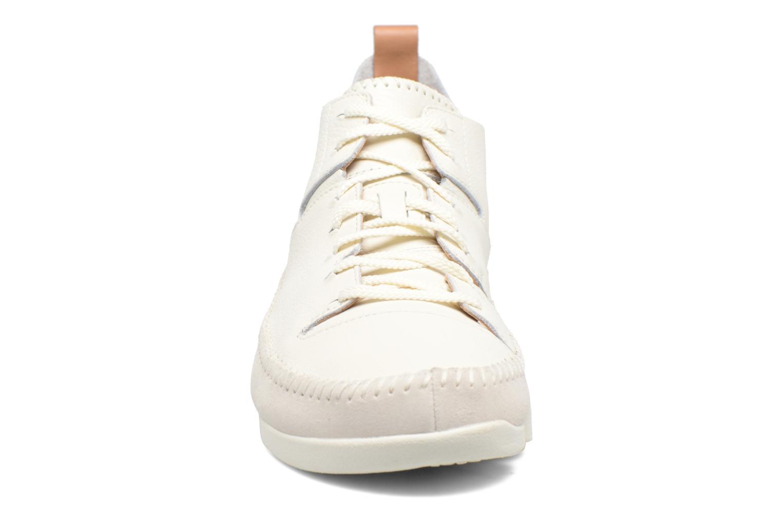 Sneakers Clarks Originals Trigenic Flex M Bianco modello indossato