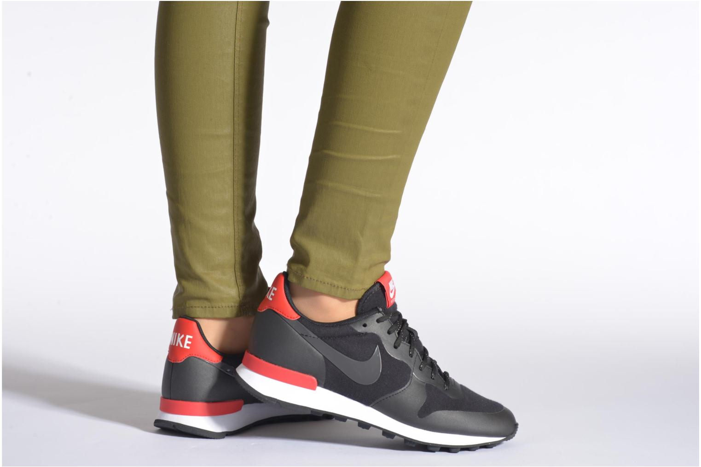Baskets Nike W Nike Internationalist Tp Noir vue bas / vue portée sac