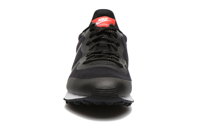 W Nike Internationalist Tp Black/Black-Chllng Red-White