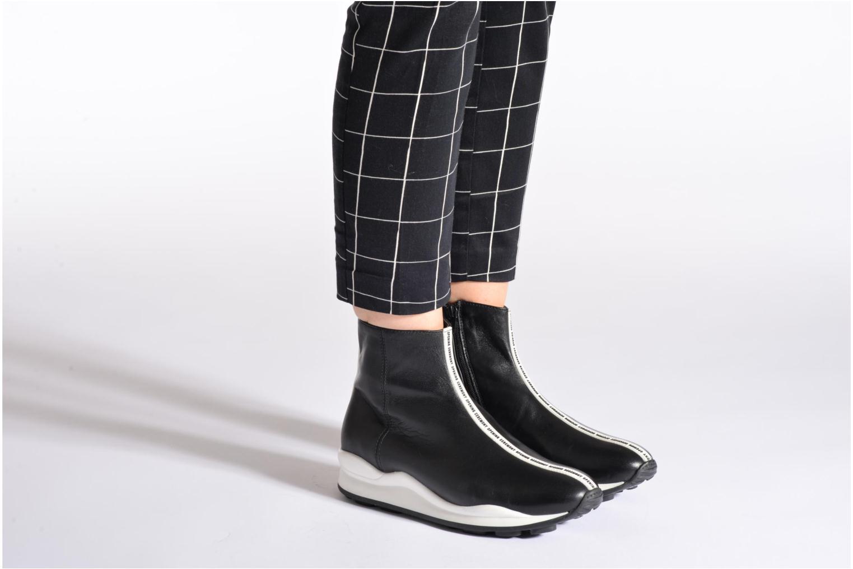Bottines et boots Opening Ceremony OC Sneaker Boot Noir vue bas / vue portée sac