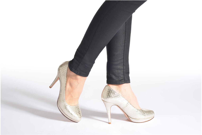 Zapatos de tacón Anna Volodia Copla Oro y bronce vista de abajo