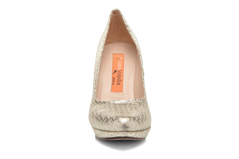 Zapatos de tacón Anna Volodia Copla Oro y bronce vista del modelo
