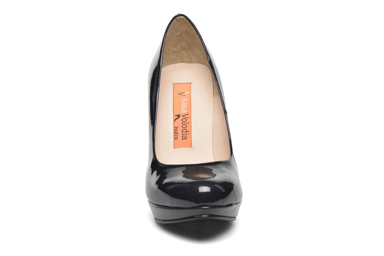 Zapatos de tacón Anna Volodia Copla Azul vista del modelo