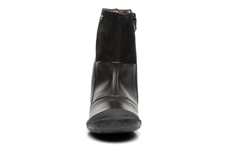 Bottines et boots Naturino Adela 4045 Noir vue portées chaussures