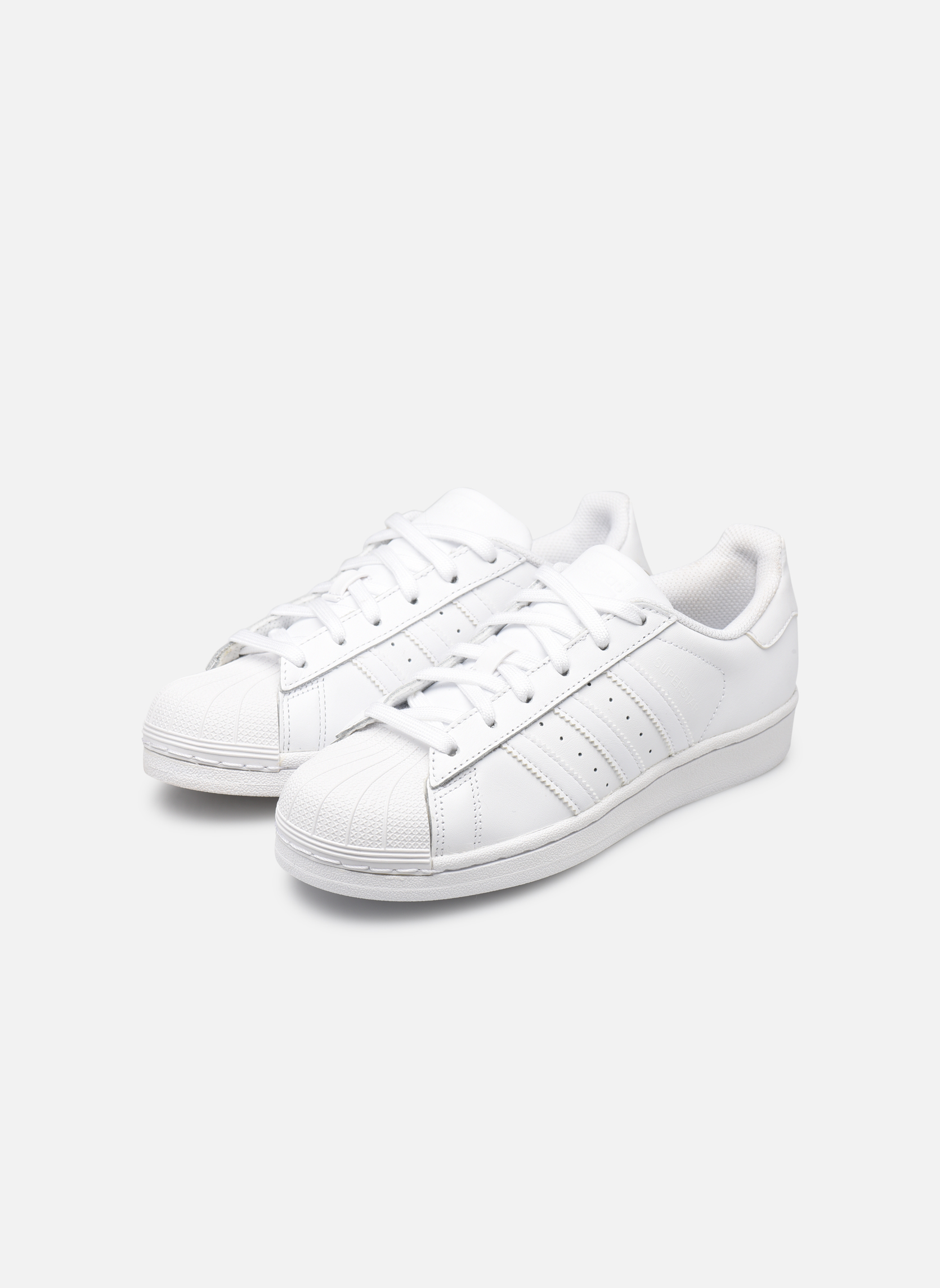 Trainers Adidas Originals Superstar Foundation W White view from underneath / model view