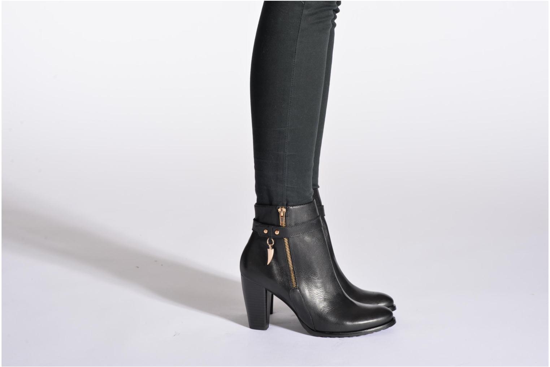 Bottines et boots Karston Gladou Noir vue bas / vue portée sac
