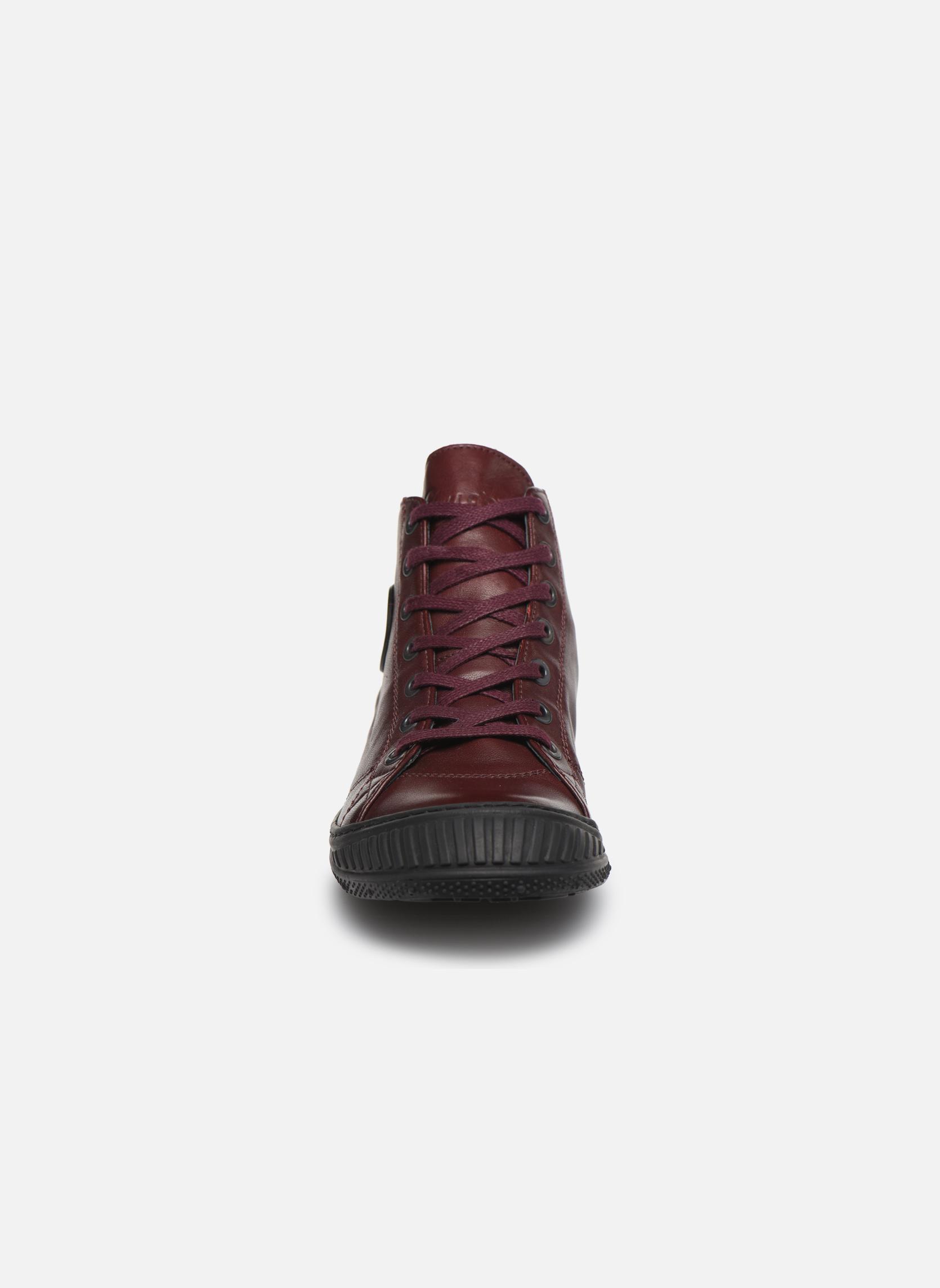 Baskets Pataugas RockerN Bordeaux vue portées chaussures